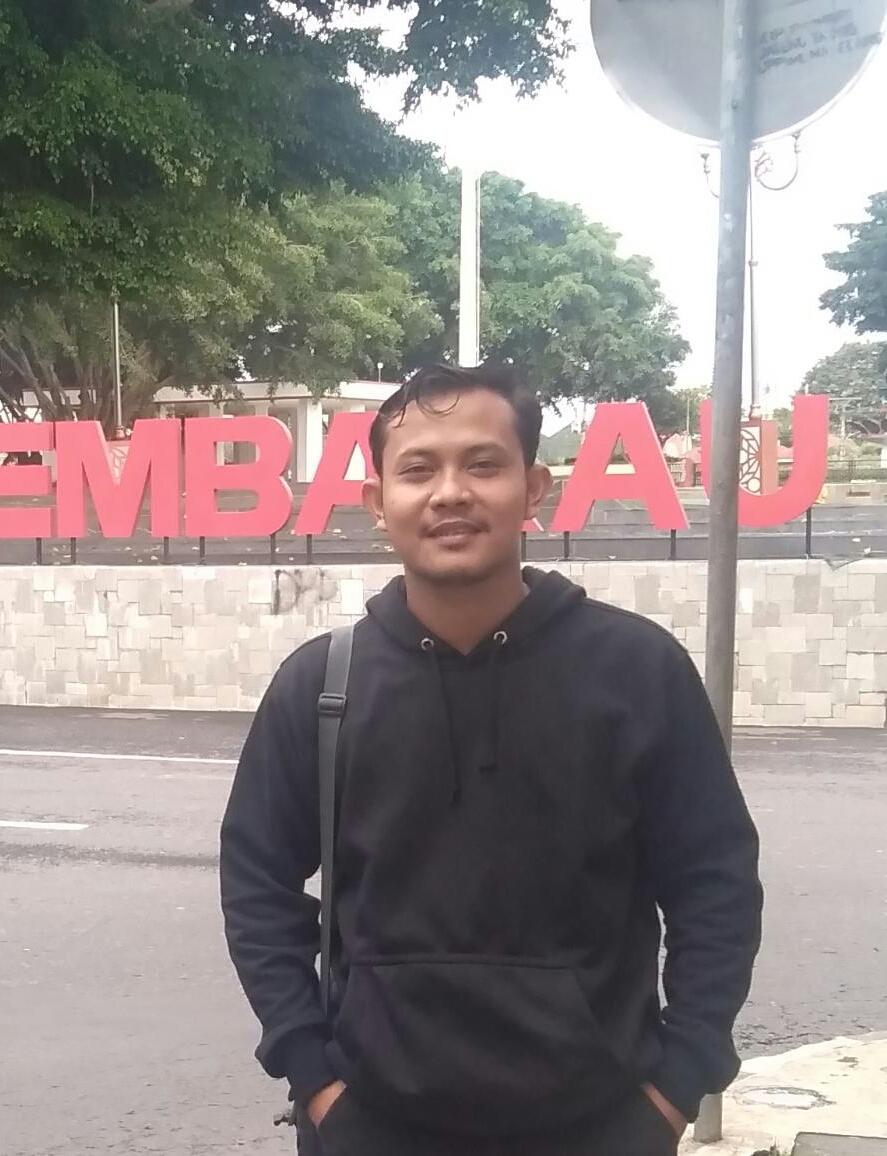 Budi Nurhamidin (Manajemen Dakwah Angkatan 2014), Kini sedang S2 Interdisipliner Islamic Studies di UIN Sunan Kalijaga Yogyakarta